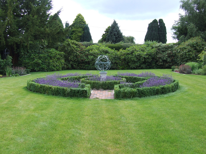 Traditional country garden landscape design in Frant near Tunbridge Wells